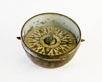 Compass made by Alfred Sawtell