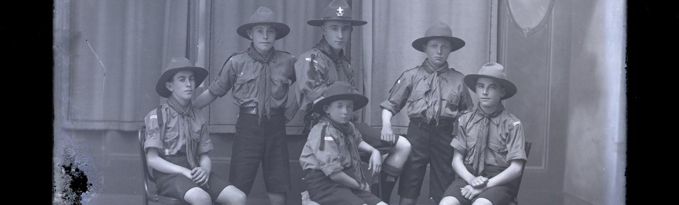 Bond Studio Six Scouts